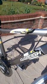 Raleigh P4000 Aluminium Bike