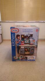 Little Tikes Cook 'n' Learn Smart Kitchen *Brand New - Still in box* (Collection only)