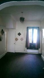 Middlesbrough large 3 bed terrace with central heating in Laycock Steet