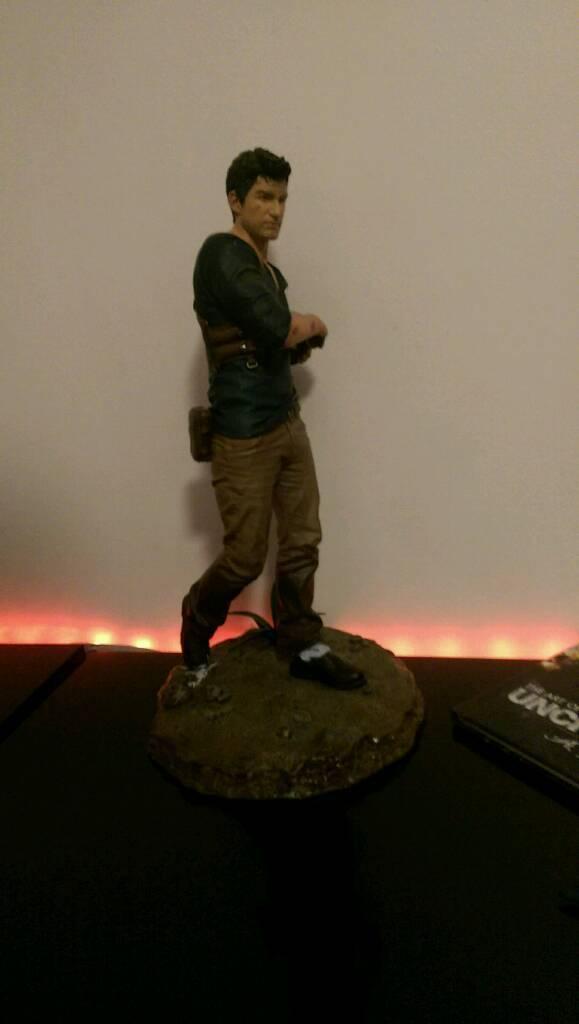 "Uncharted 4 Nathan drake 14"" figure"