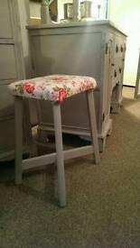 Painted stool. Annie Sloan Paris grey