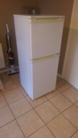Fridge Freezer BEKO Glacier in White 135cm Tall