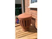 Slot-ventilated terracotta clay chimney pot