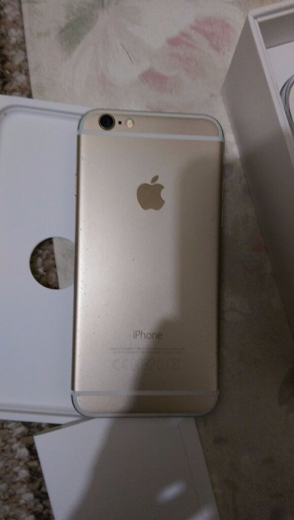 Apple iPhone 6 (Gold) 16GB UNLOCKED in Perfect Working Orderin Southampton, HampshireGumtree - Apple iPhone 6 (Gold) for sale. Unlocked to all networks. 16GB memory. Very good condition and perfect working order. No cracks, no damage, no dents. Everything works perfectly as it should. Microscopic age related marks here and there, nothing...