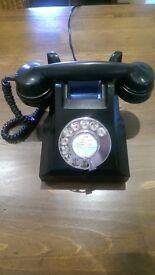 1940's GPO Bakelite black GPO telephone.