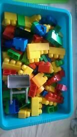Mega bloks (bloks) 80L including container