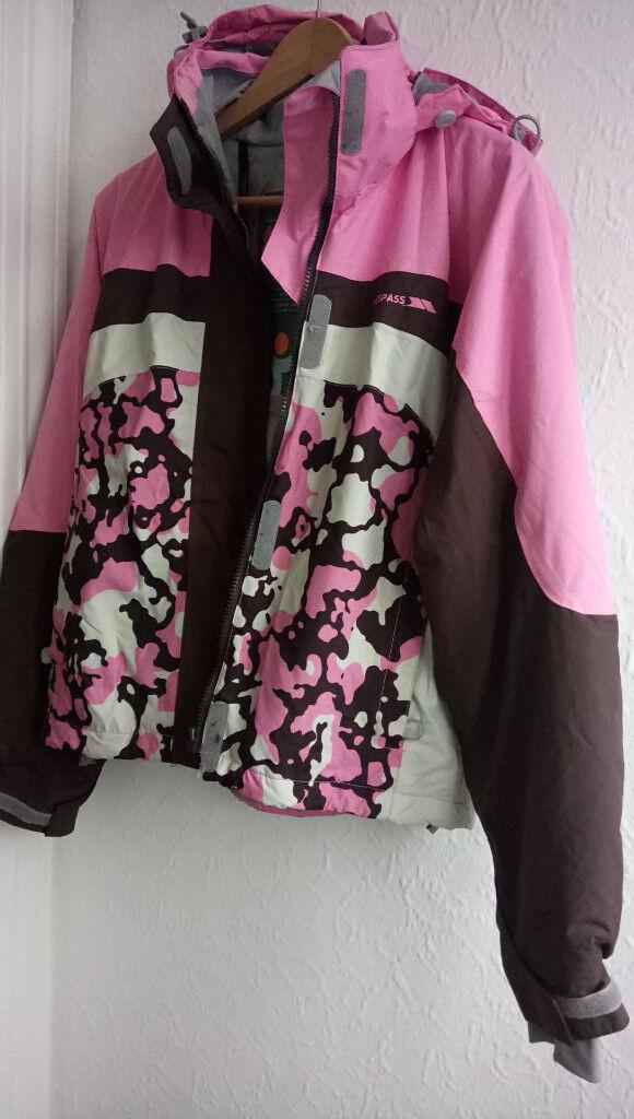 TRESSPASS pink waterproof outdoor jacket sz. M / 12 in EXCELLENT CONDITION