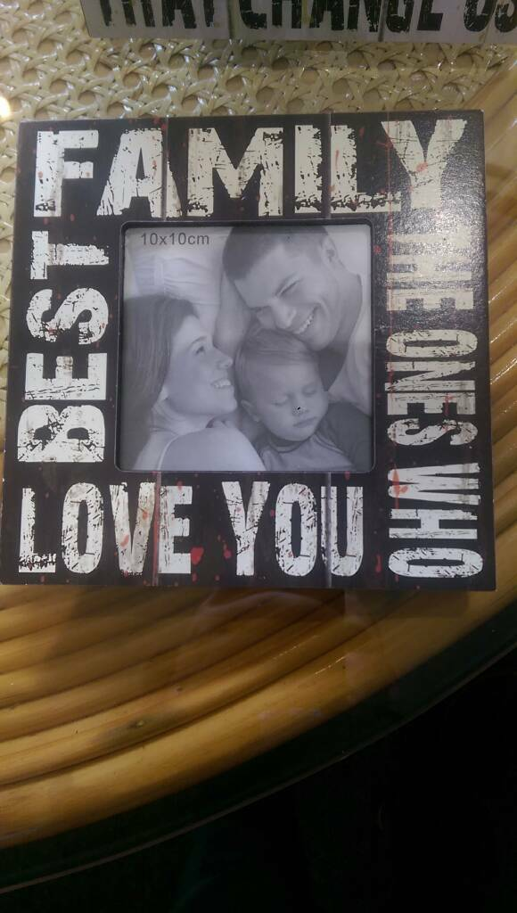 Picture frame £4