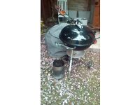 Weber bbq with cover and starter chimney large size