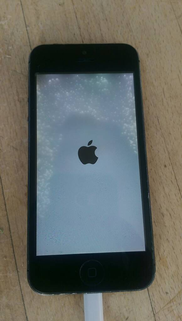 IPhone 5 16GB on EE spare or repairin Coventry, West MidlandsGumtree - IPhone 5 16 GB on EE network Spare or repair as need new screen and on/off sometimes need to be pressed little bit harderEverything else works perfect Only phone as phone came to me in a job lot of itemsLatest IOS 10.1.1 and will be factory reset for...