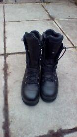 Work boots size 9.5 haix gortex