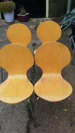 RECTRO CHAIRS