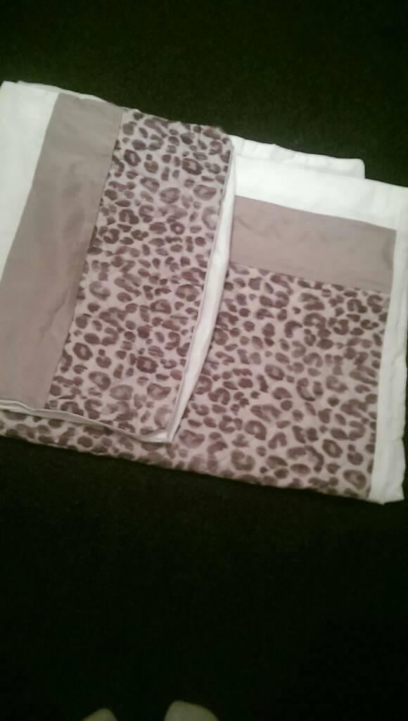 Lovely Single Duvet Cover & Pillow Set
