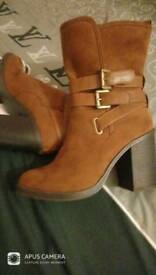 Swade boots size 7