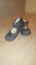 Clarksa leather shoes size 6,5 UK 23 Eu