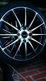 New alloys and tyre set 17x7j.