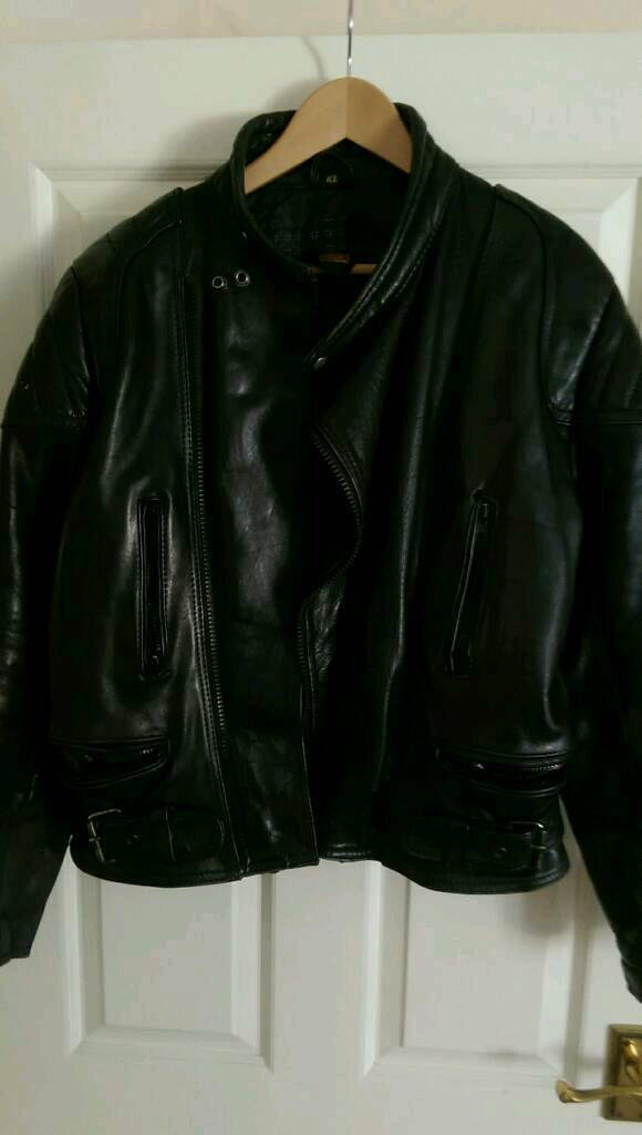 Leather jacket size 42in Swindon, WiltshireGumtree - Leather jacket good for motorbike