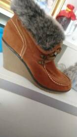 Wedges fur boots size 8