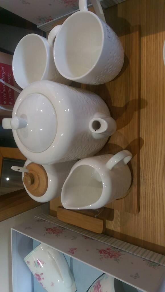 The grange collection tea for 2 with pot £29.99