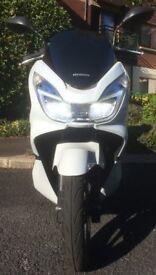 ***SOLD*** Honda Scooter - PCX 125 Nov 2015 - 2093 Miles