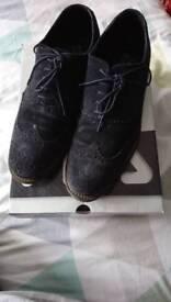 Navy shoes men's size 9