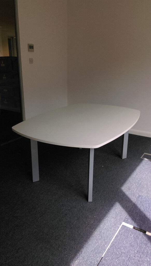 Small White Boardroom Table In East End Glasgow Gumtree - Small boardroom table
