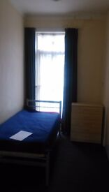 Single studio to let In Kilburn, NW2 3TG, £ 650.00 a month, exclusiv council tax
