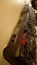 Dj mixer + 2x CD, USB, SD players McCrypt CDDX4