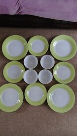 GOOD CONDITION KITCHEN DINNER DISHES