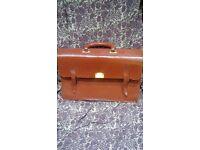 Leather breifcase
