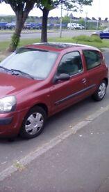 Clio 1.2 starts and drives semi auto £150