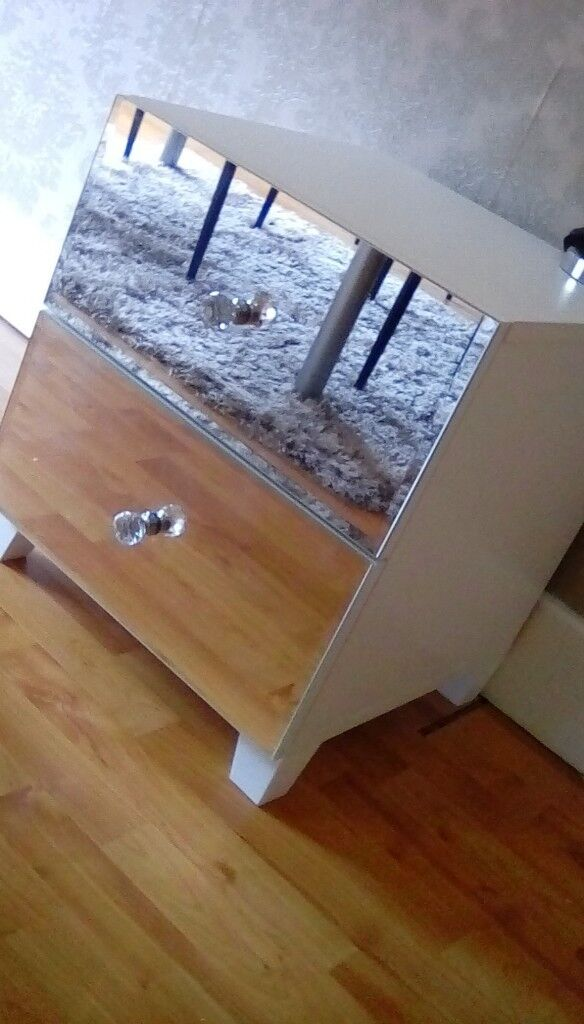 Mirrored Bedside Table With Drawers: Mirrored 2 Drawer Bedside Table