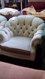 Easy Chair #29618 £60