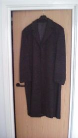 Mans long coat made from wool and csahmere