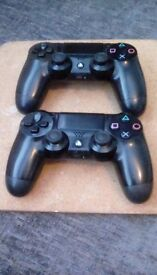 Ps4 duel shock controllers x2
