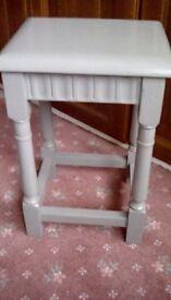 Stool / Table