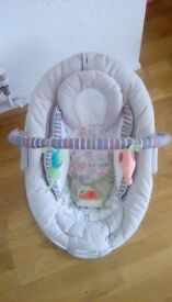 Baby bouncy musical/vibrating chair