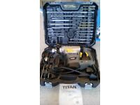 TITAN SDS DRILL WITH DRILLS KIT IN CARRY CASE - RECENTLY PAT TESTED