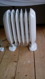 Electric dimplex heater, only used couple of times, in very good condition & working order