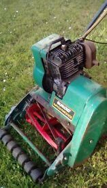 Lawnmower vintage old green Qualcast