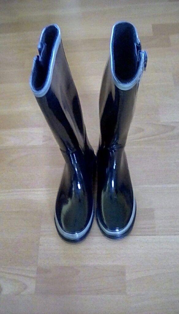 Ladies wellingtons new size 4