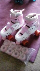 Adjustable skates, with flashing wheels
