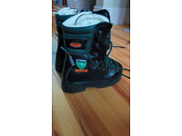 Safety boots, Classe 2 chainsaw safety boots size 38