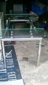 Glass dining table and chairs very good condition
