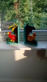 2 kids book ends