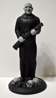 ADDAMS FAMILY - UNCLE FESTER ADDAMS STATUE PROFESSIONAL PAINT