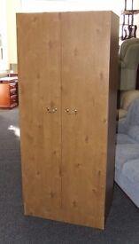 Wood effect wardrobe 770 x 480 x 1835