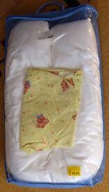 Julius Zöllner (nursing pillow / breastfeeding pillow) Stillkissen Banana Beetle