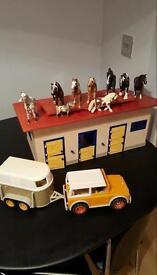Schleich stable horses