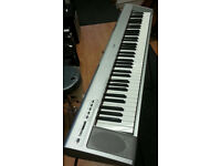 YAMAHA PORTABLE GRAND NP-30 PIANO -KEYBOARD +STAND